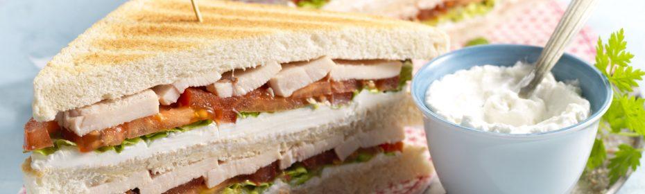 Sandwich con formaggio di capra