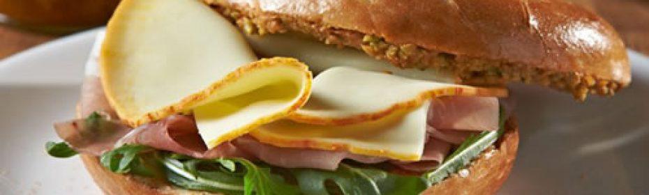 ricette con formaggio a fette - bagel con formaggio a fette